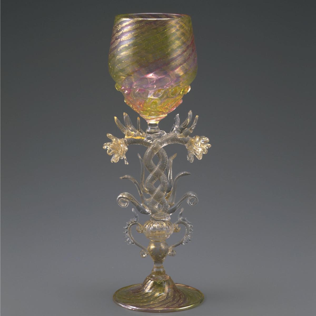 バラ装飾脚ワイングラス
